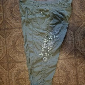 Chico's army green crop pant 14